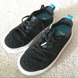 BOYS NATIVE LACE UP SNEAKERS C10